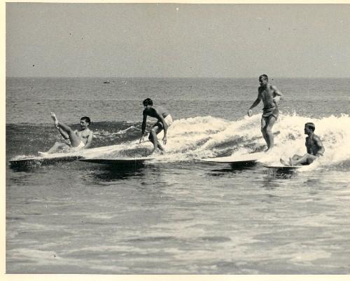 O inicio do surf em Malibu.